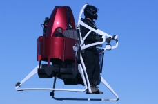 13 - Martin Jetpack - Volo